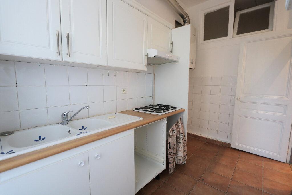 Appartement à louer 4 82m2 à Nice vignette-9