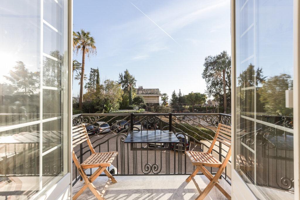 Appartement à vendre 3 85.21m2 à Nice vignette-1