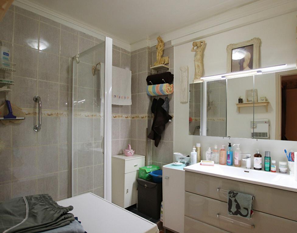 Appartement à vendre 2 60.98m2 à Nice vignette-4