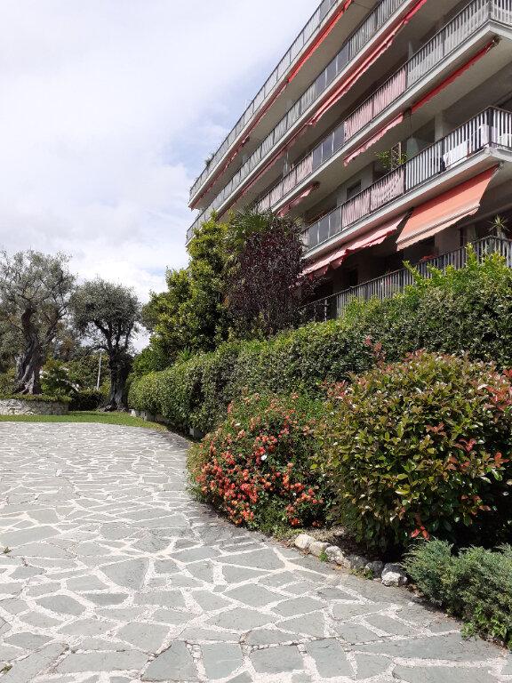 Appartement à vendre 2 51.5m2 à Nice vignette-1