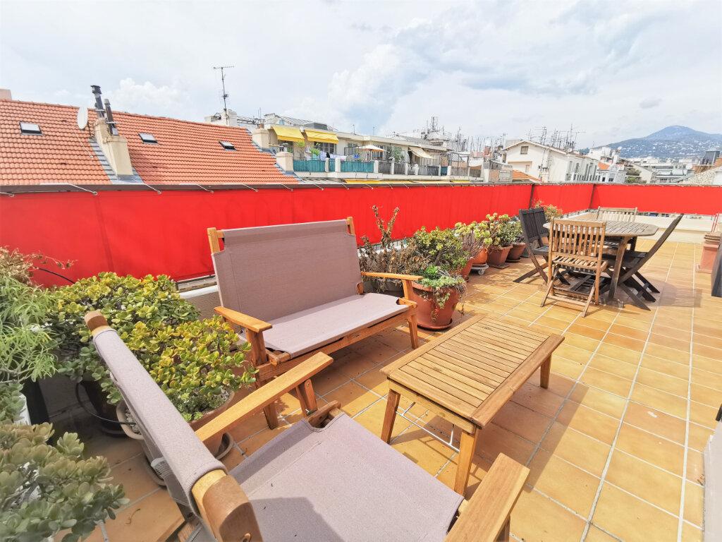 Appartement à louer 1 34m2 à Nice vignette-1
