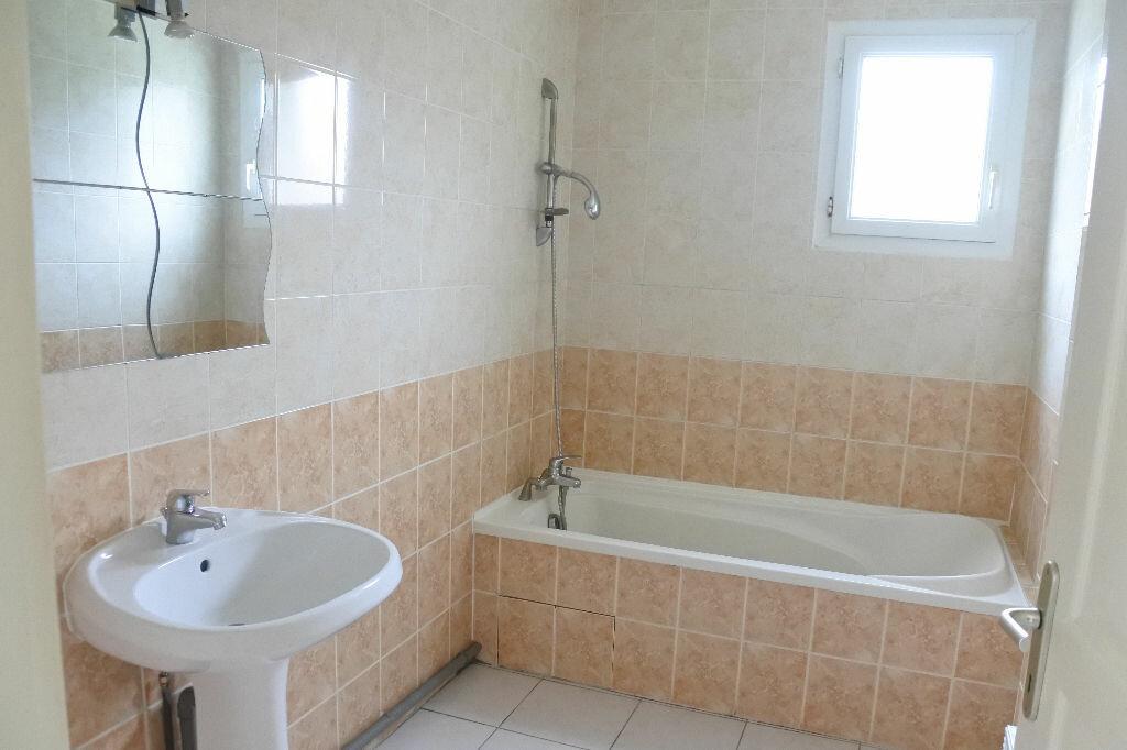Maison à vendre 4 85m2 à Breuillet vignette-4