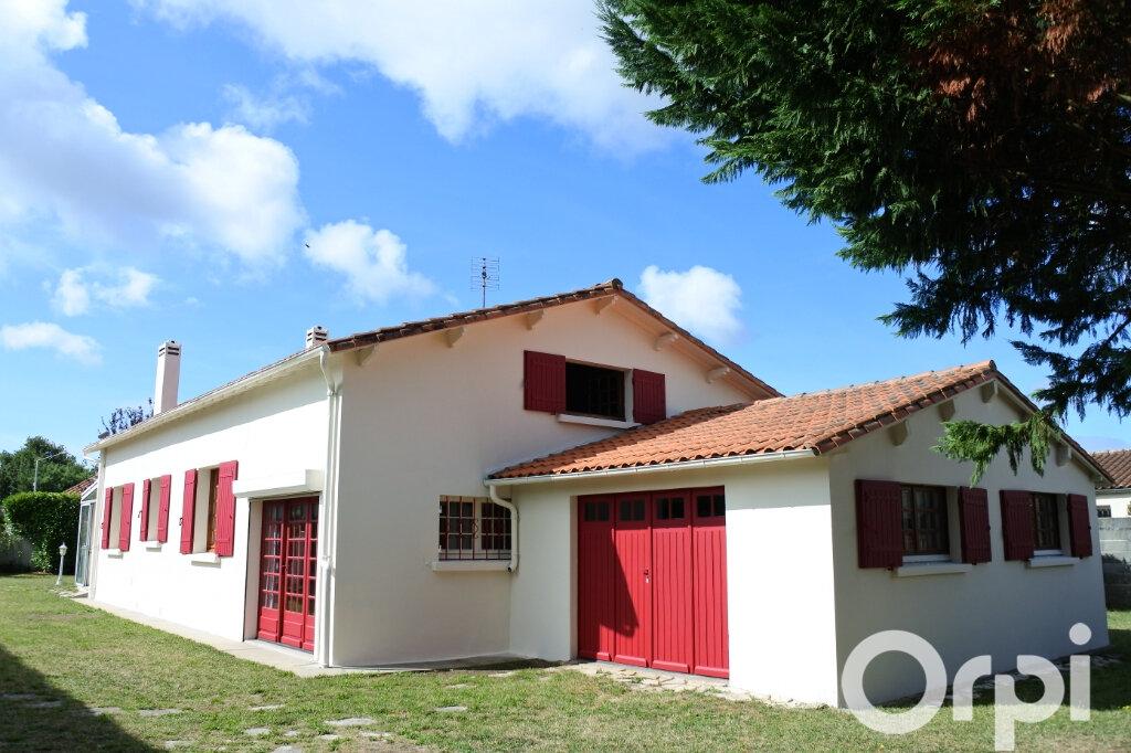 Maison à vendre 4 100m2 à Breuillet vignette-1