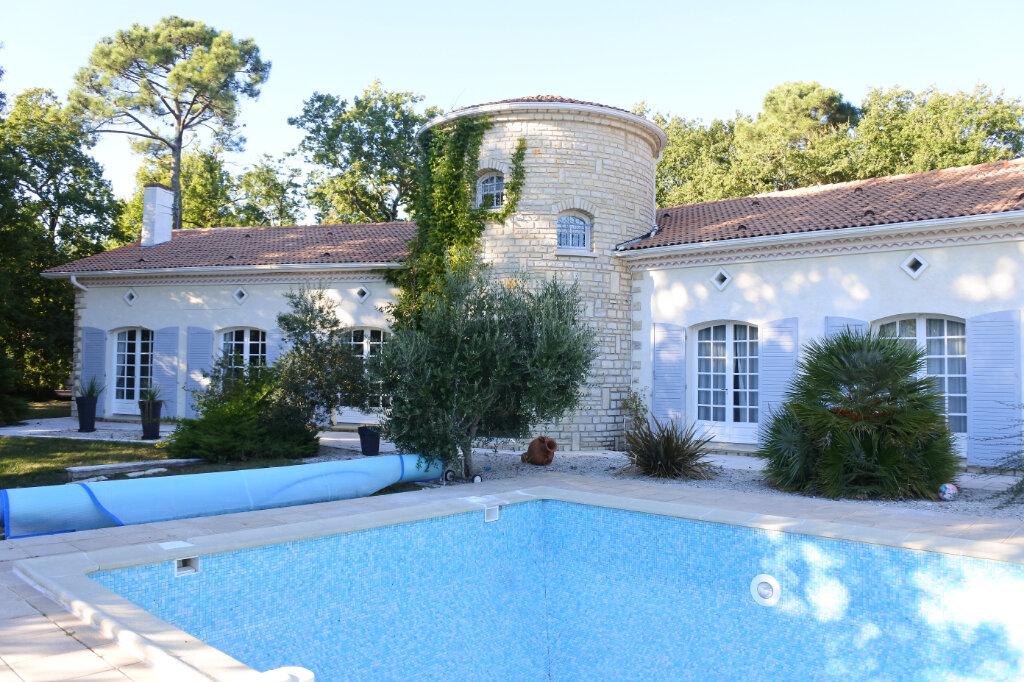 Maison à vendre 6 290m2 à Breuillet vignette-1