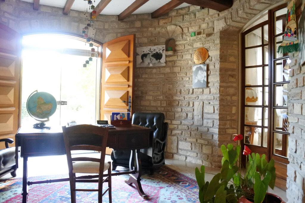 Maison à vendre 6 290m2 à Breuillet vignette-3