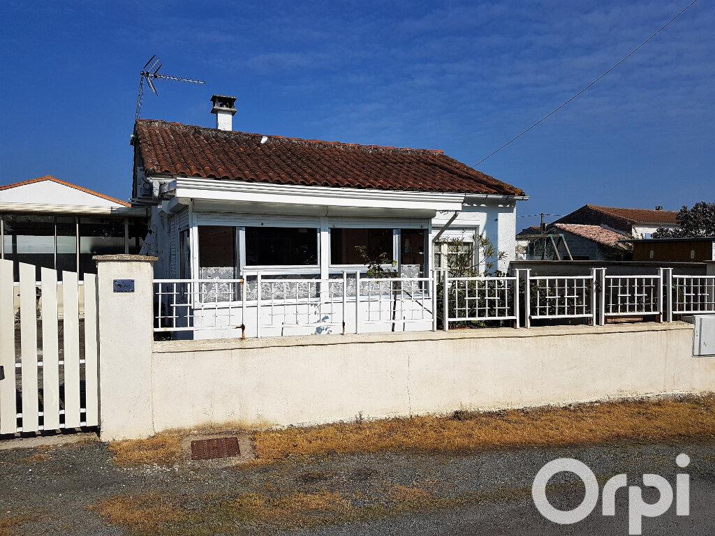 Maison à vendre 3 70m2 à Mornac-sur-Seudre vignette-1