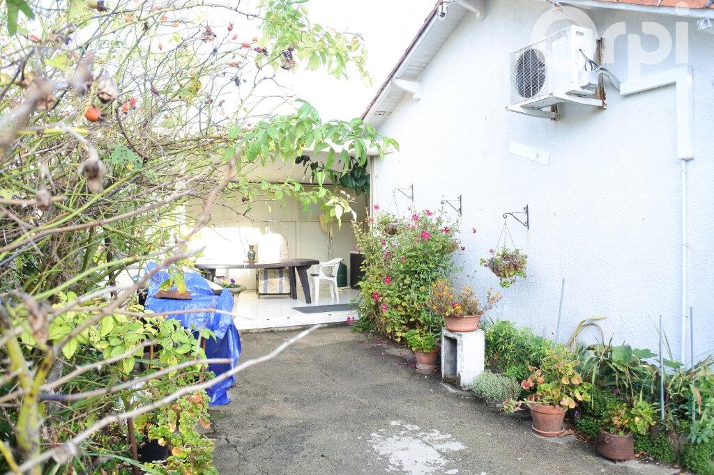 Maison à vendre 3 70m2 à Mornac-sur-Seudre vignette-3