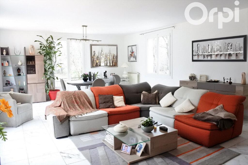 Maison à vendre 7 220m2 à Saint-Sulpice-de-Royan vignette-3