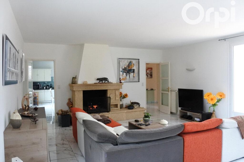 Maison à vendre 7 220m2 à Saint-Sulpice-de-Royan vignette-5