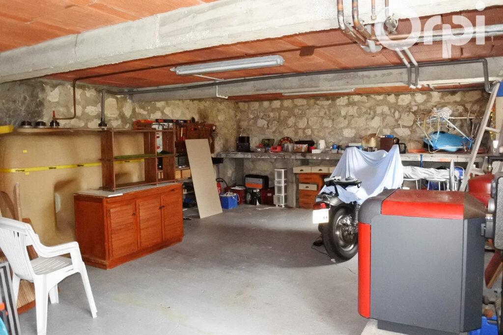 Maison à vendre 7 220m2 à Saint-Sulpice-de-Royan vignette-16