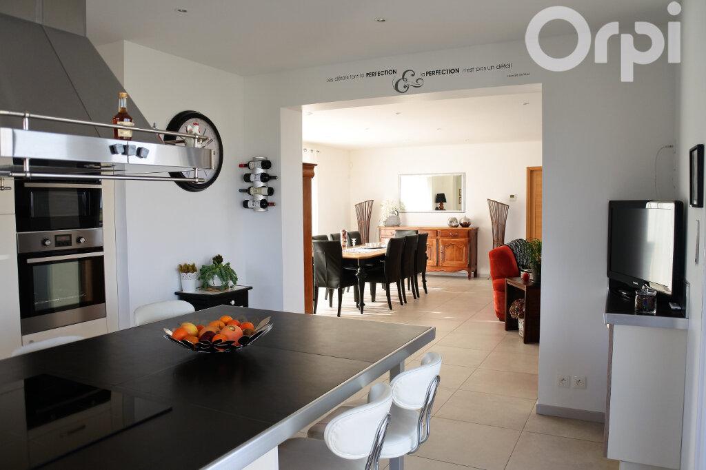 Maison à vendre 4 214m2 à Breuillet vignette-7