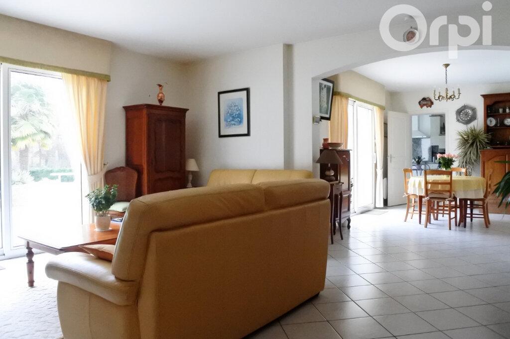 Maison à vendre 6 154m2 à Breuillet vignette-2