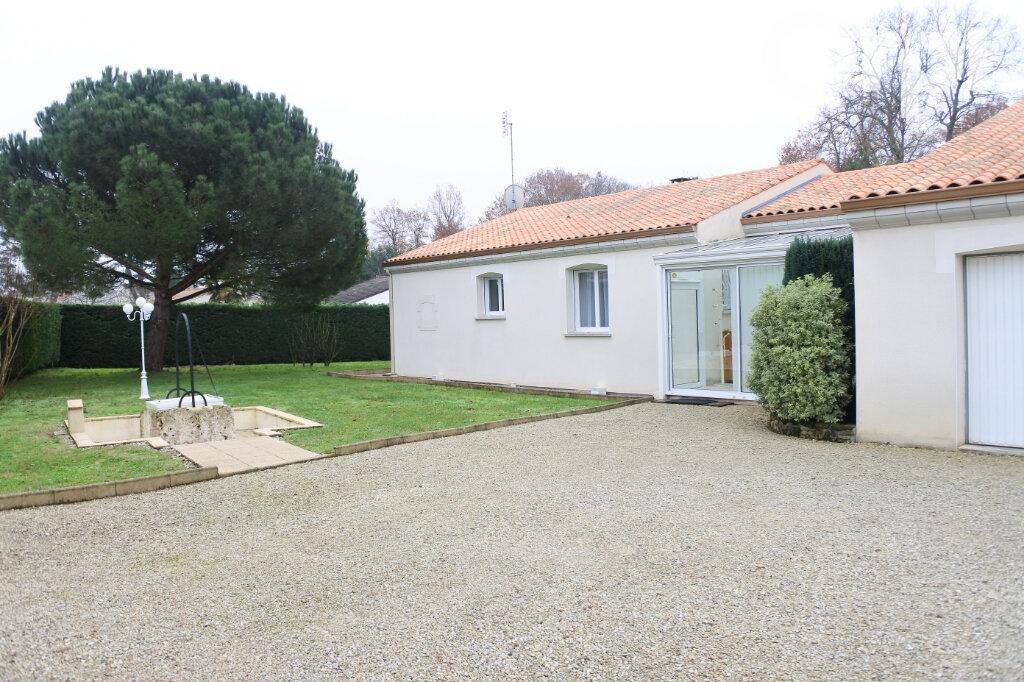 Maison à vendre 6 154m2 à Breuillet vignette-9