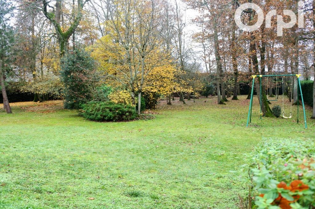 Maison à vendre 6 154m2 à Breuillet vignette-11