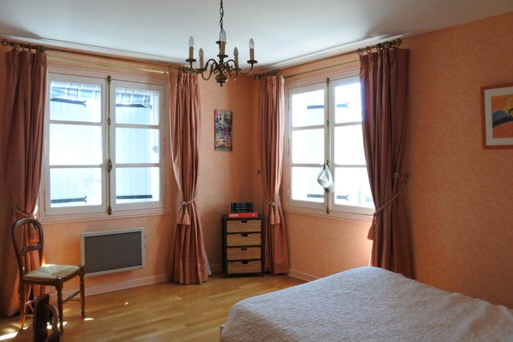 Maison à vendre 6 210m2 à Breuillet vignette-6