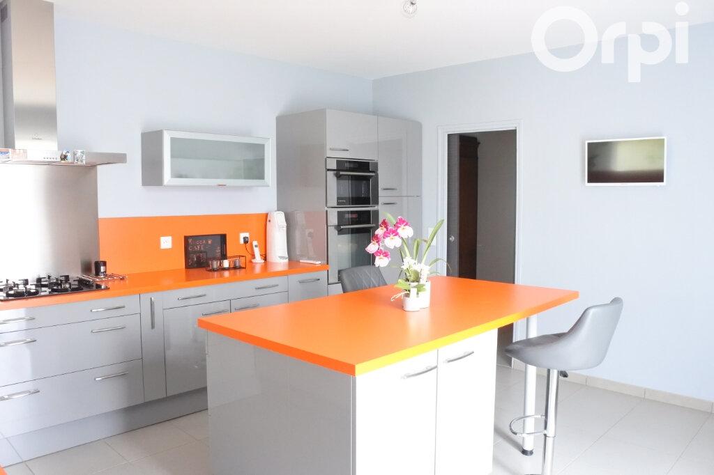Maison à vendre 4 132m2 à Breuillet vignette-6