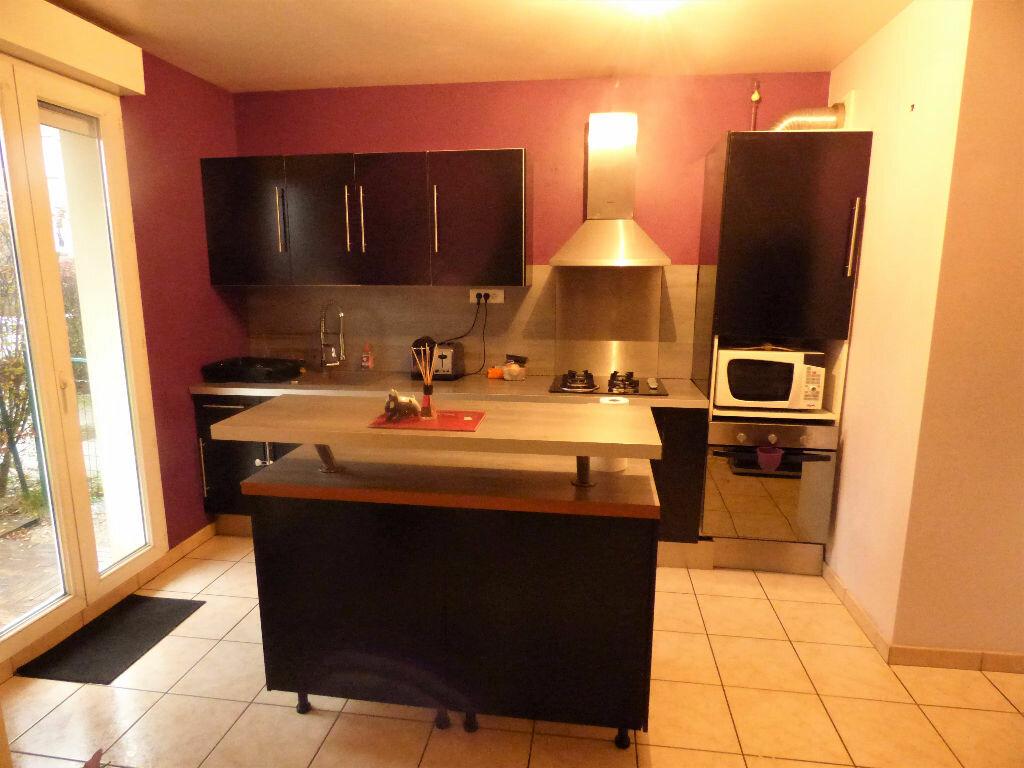 Appartement à louer 3 69.13m2 à Talange vignette-3