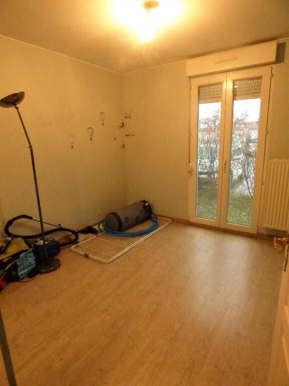 Appartement à louer 3 69.13m2 à Talange vignette-6