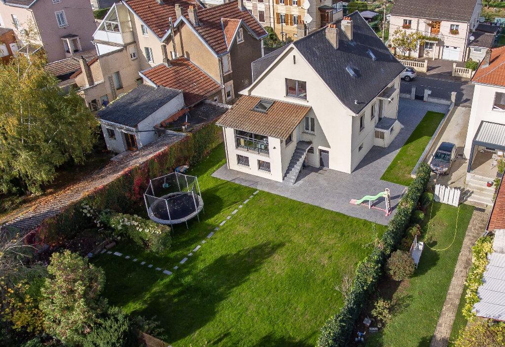 Maison à vendre 8 171.63m2 à Terville vignette-2