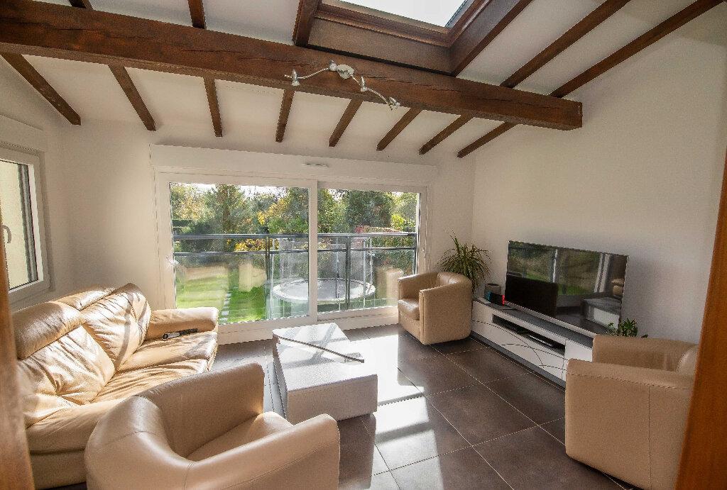 Maison à vendre 8 171.63m2 à Terville vignette-4