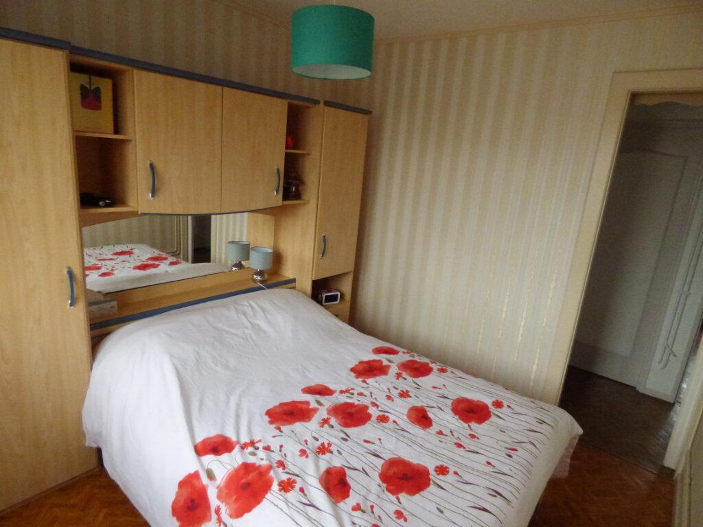 Appartement à louer 4 65m2 à Mondelange vignette-3