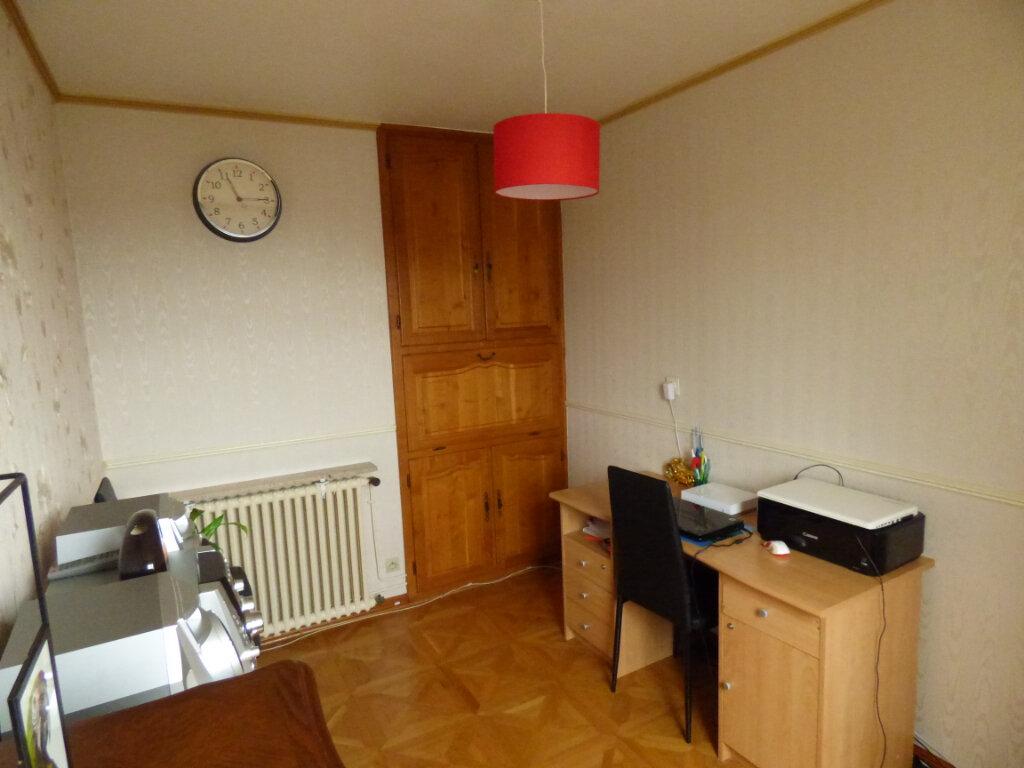 Appartement à louer 4 65m2 à Mondelange vignette-5