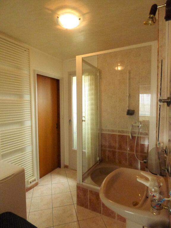 Appartement à louer 4 65m2 à Mondelange vignette-6