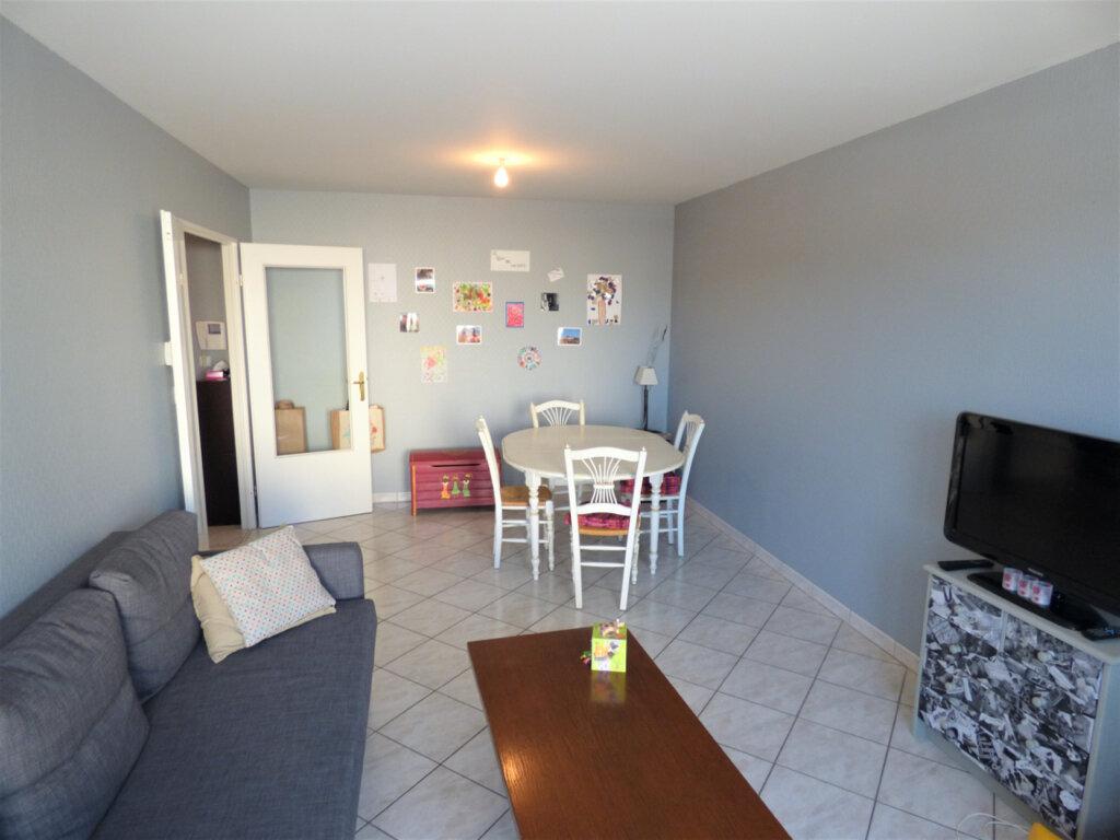 Appartement à vendre 3 64m2 à Metz vignette-3