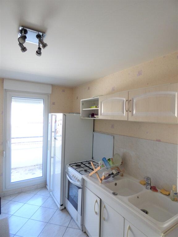 Appartement à vendre 3 64m2 à Metz vignette-4