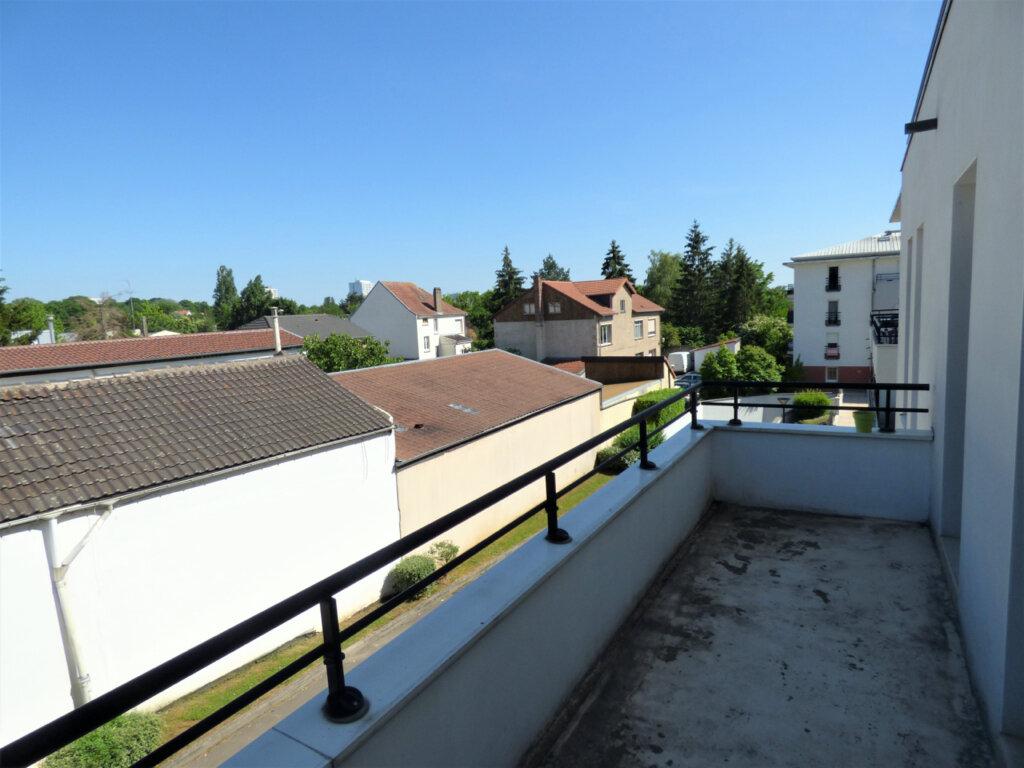 Appartement à vendre 3 64m2 à Metz vignette-9