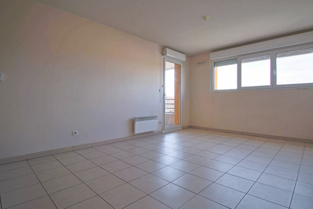 Appartement à louer 2 40.24m2 à Aucamville vignette-2