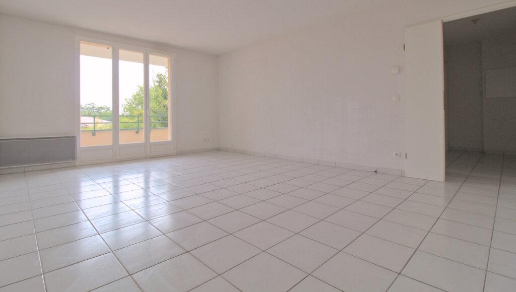 Appartement à louer 4 78.05m2 à Aussonne vignette-2
