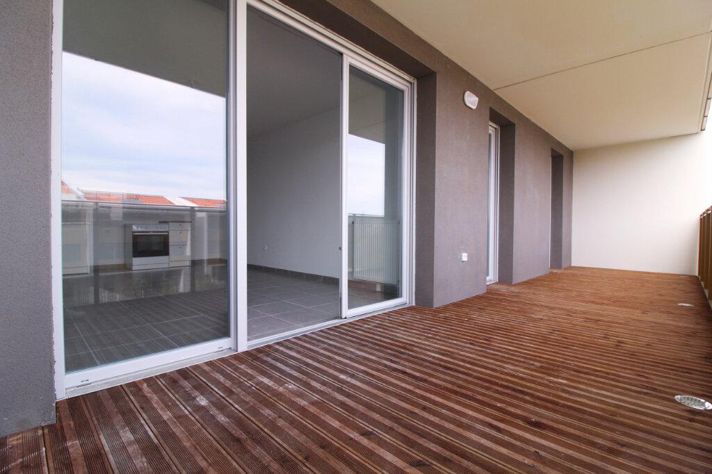 Appartement à louer 3 59.76m2 à Toulouse vignette-2