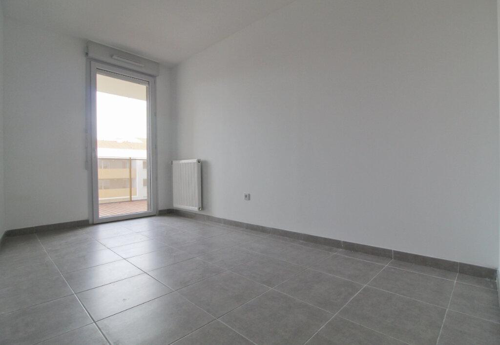 Appartement à louer 3 59.76m2 à Toulouse vignette-4