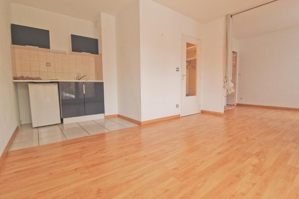 Appartement à louer 1 35m2 à Toulouse vignette-1