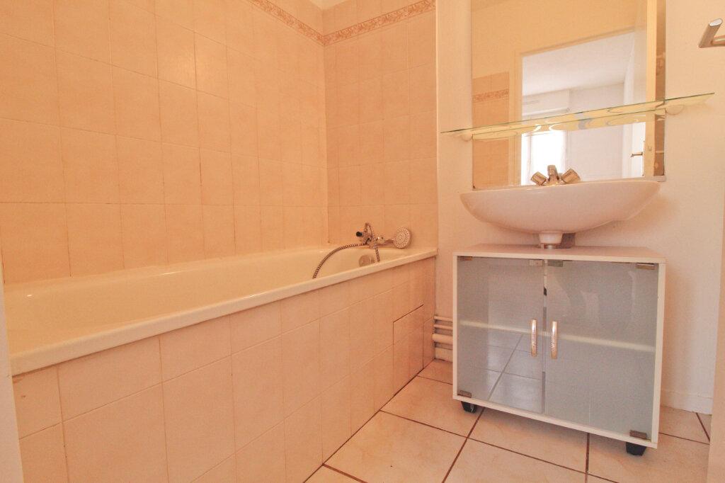 Appartement à louer 1 35m2 à Toulouse vignette-3