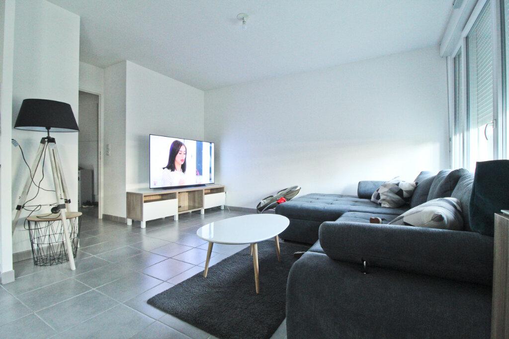 Appartement à louer 4 76.61m2 à Colomiers vignette-1
