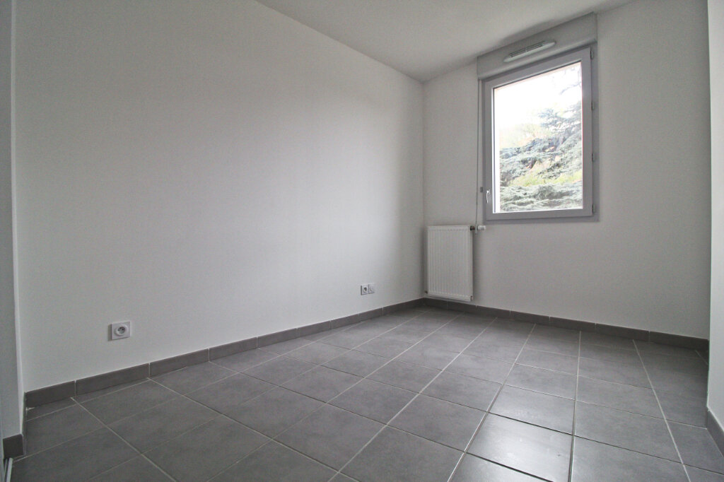 Appartement à louer 4 76.61m2 à Colomiers vignette-6