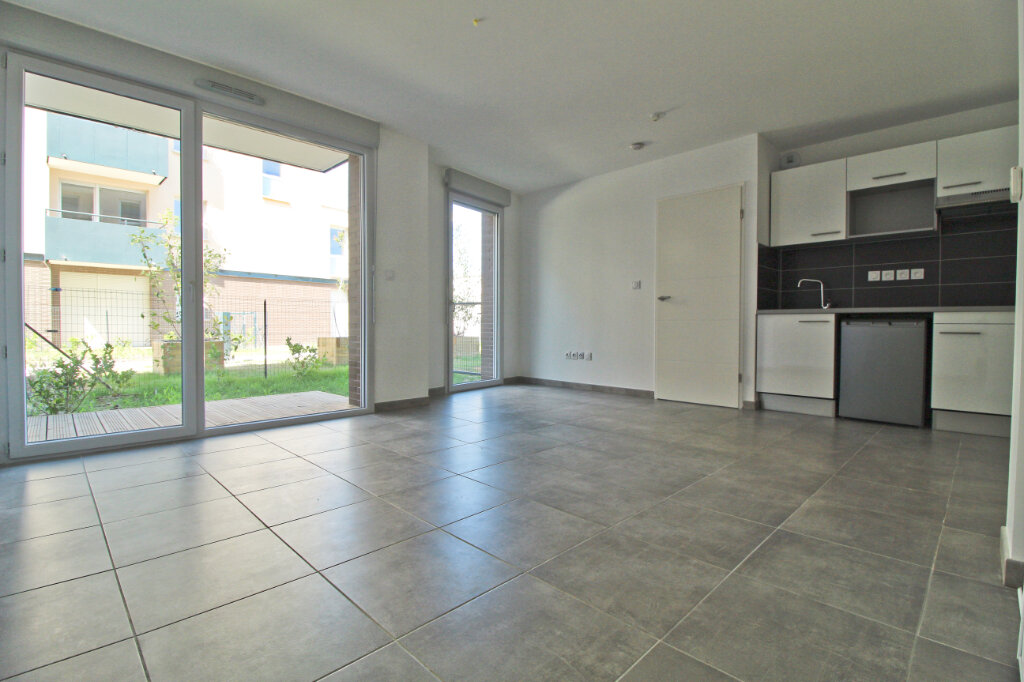 Appartement à louer 2 41.85m2 à Toulouse vignette-1