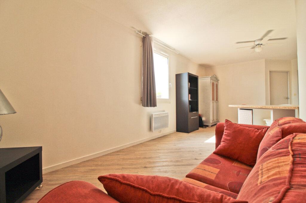 Appartement à louer 2 45.1m2 à Saint-Jean vignette-1