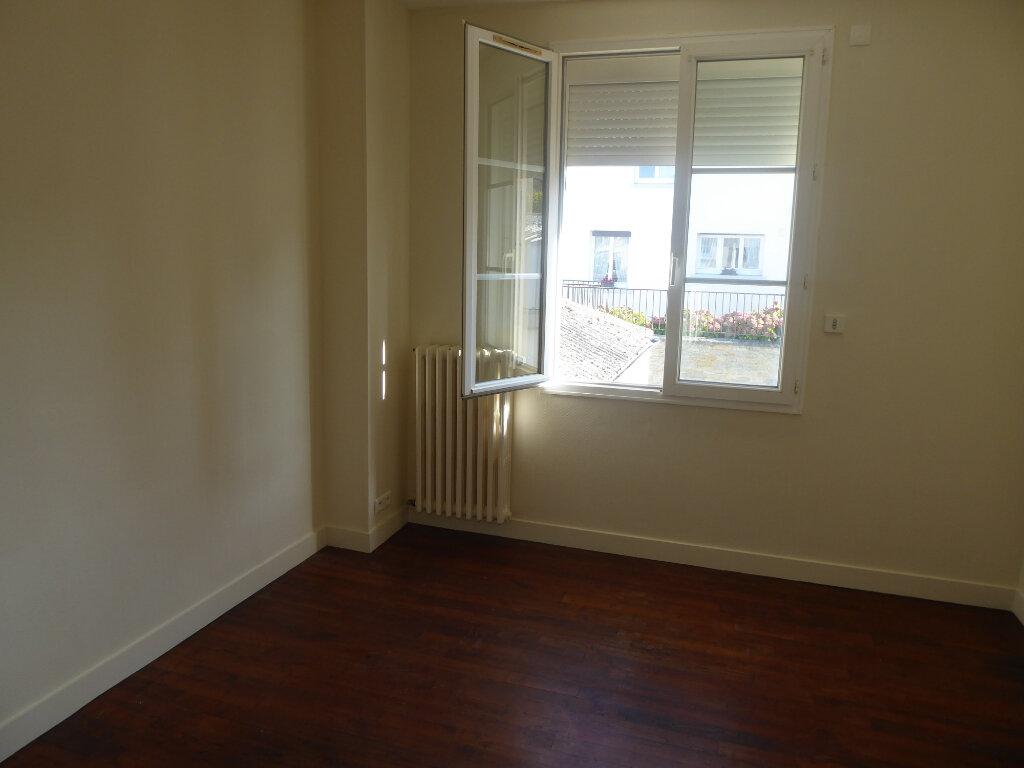 Maison à vendre 5 113m2 à Tilly-sur-Seulles vignette-6