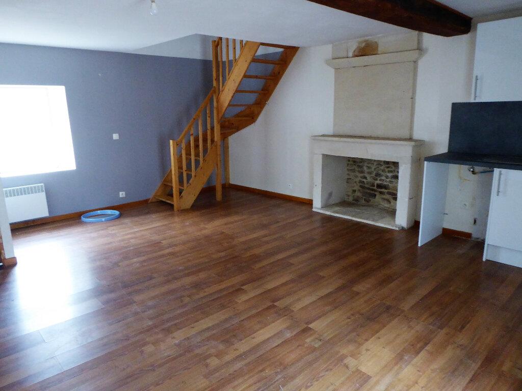 Appartement à louer 2 43.9m2 à Mouen vignette-2