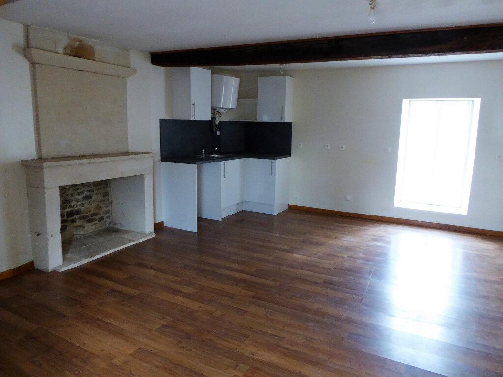 Appartement à louer 2 43.9m2 à Mouen vignette-3
