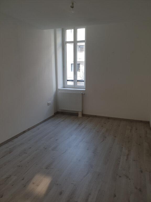 Appartement à louer 3 69.51m2 à Caen vignette-5