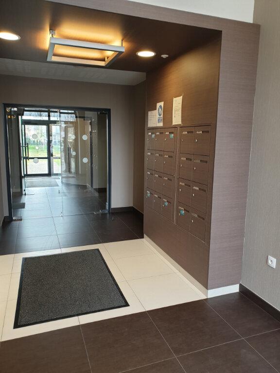 Appartement à louer 3 69.51m2 à Caen vignette-6