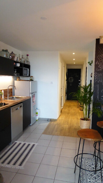 Appartement à louer 3 52.98m2 à Caen vignette-4