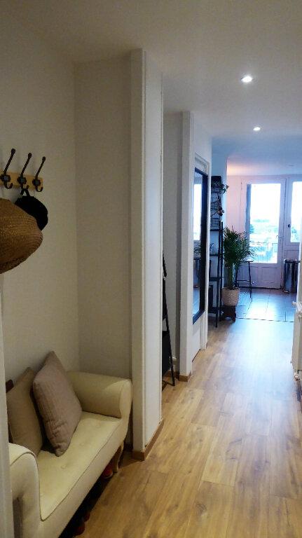 Appartement à louer 3 52.98m2 à Caen vignette-7