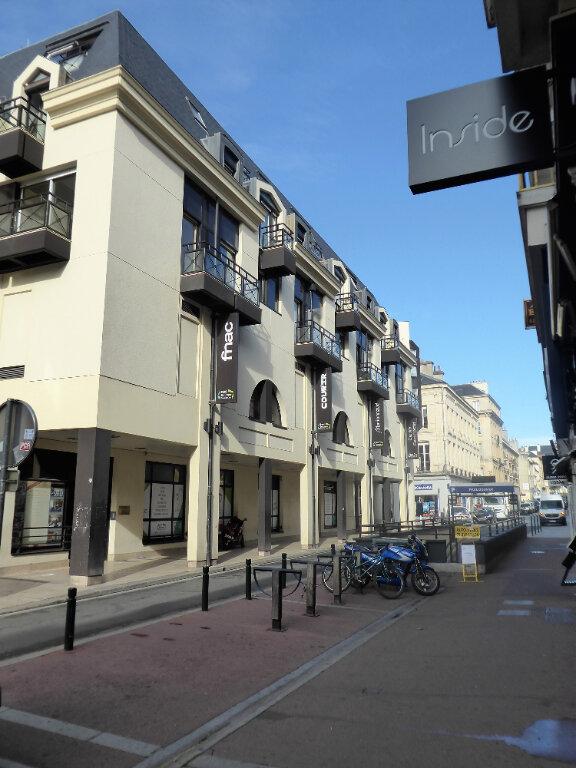 Appartement à louer 2 44.6m2 à Caen vignette-1