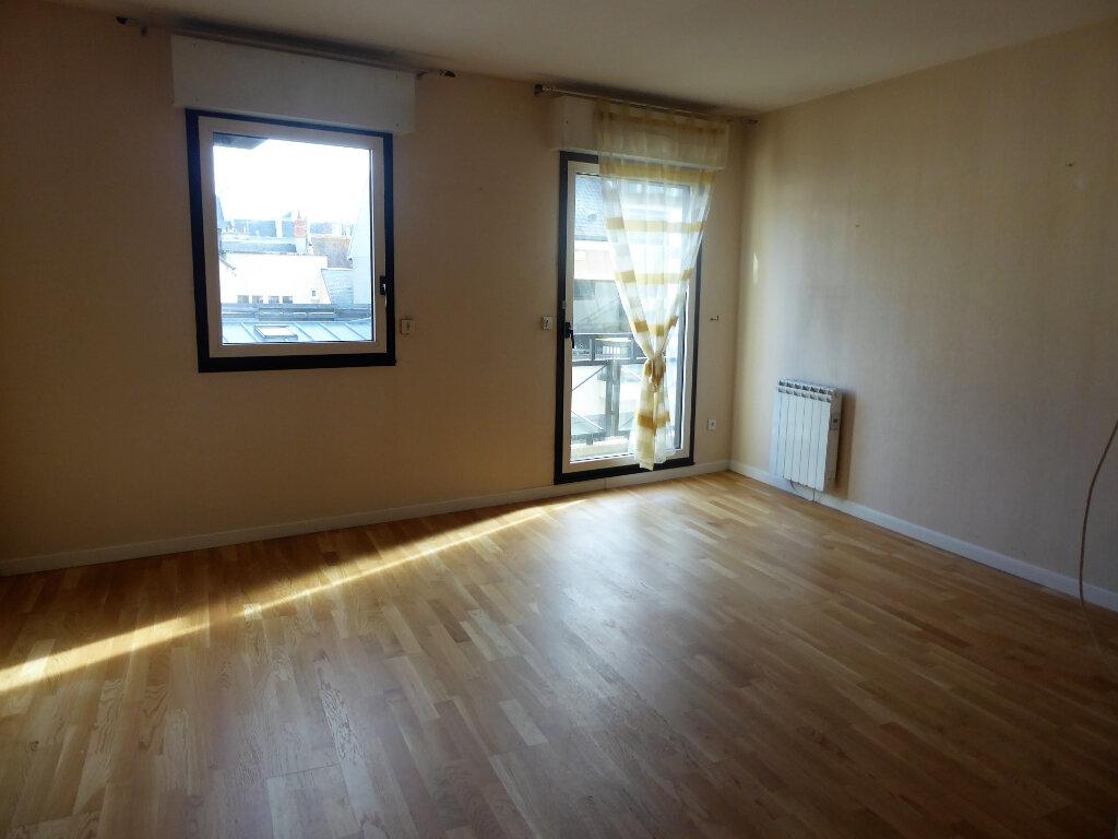Appartement à louer 2 44.6m2 à Caen vignette-4