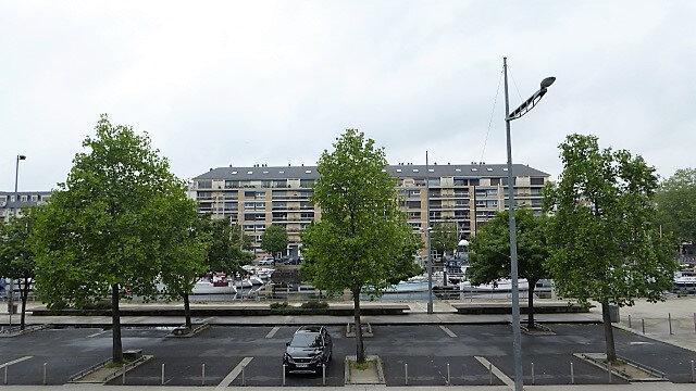 Appartement à louer 2 34.1m2 à Caen vignette-1